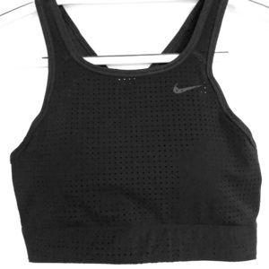 Nike Women's Classic Cross Back Sports Bra